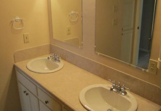 16656 Parkhurst Road Guest Bathroom I