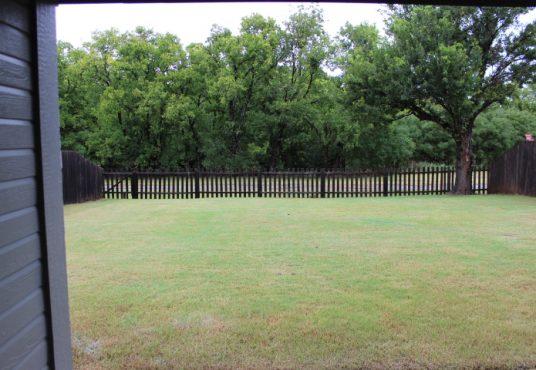 9525 SW 24th Terr Backyard