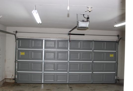 9525 SW 24th Terr Garage